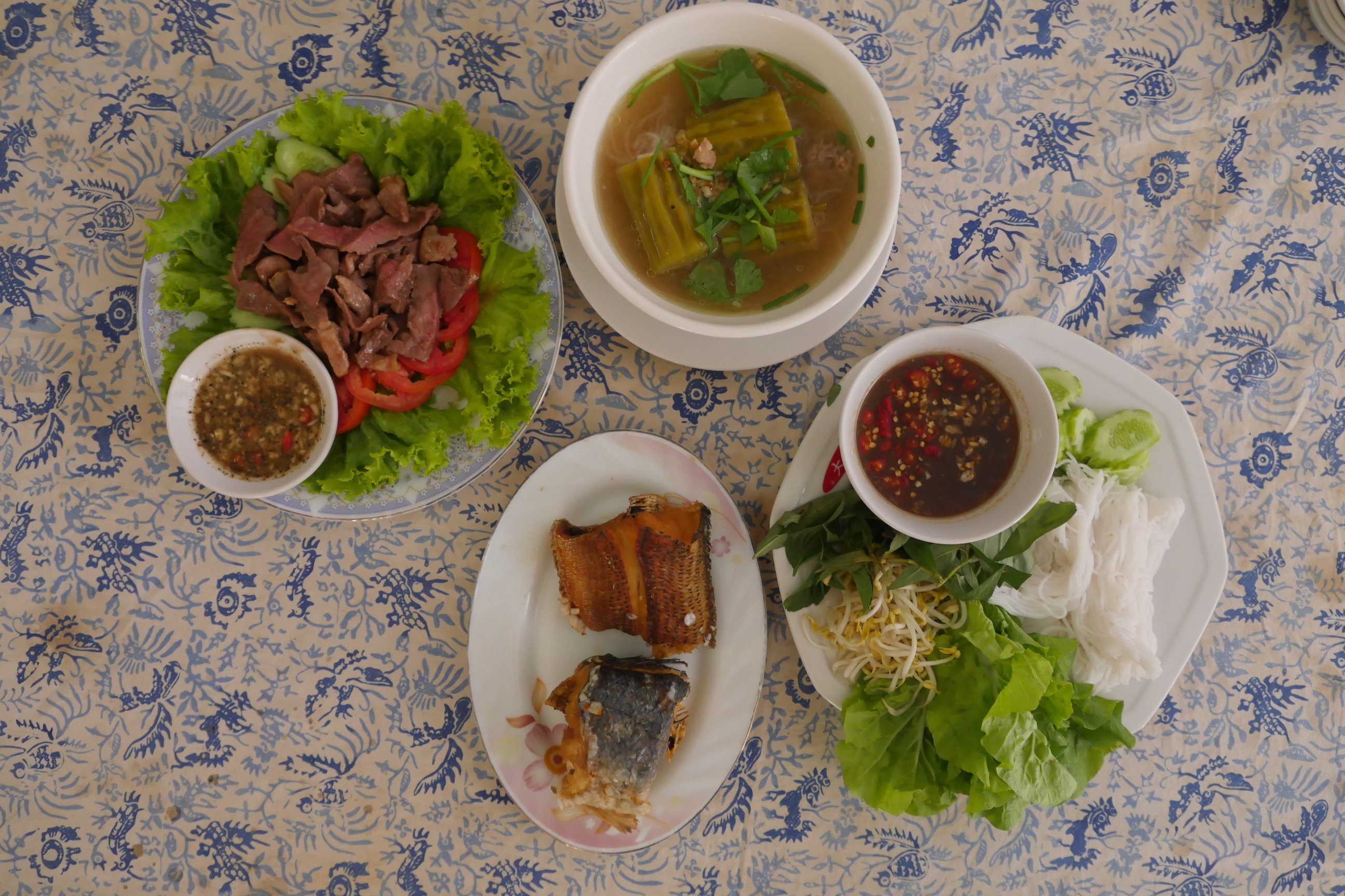 Famous Khmer dishes for your meal