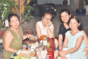 Vietnamese food with a family in the heart of Saigon