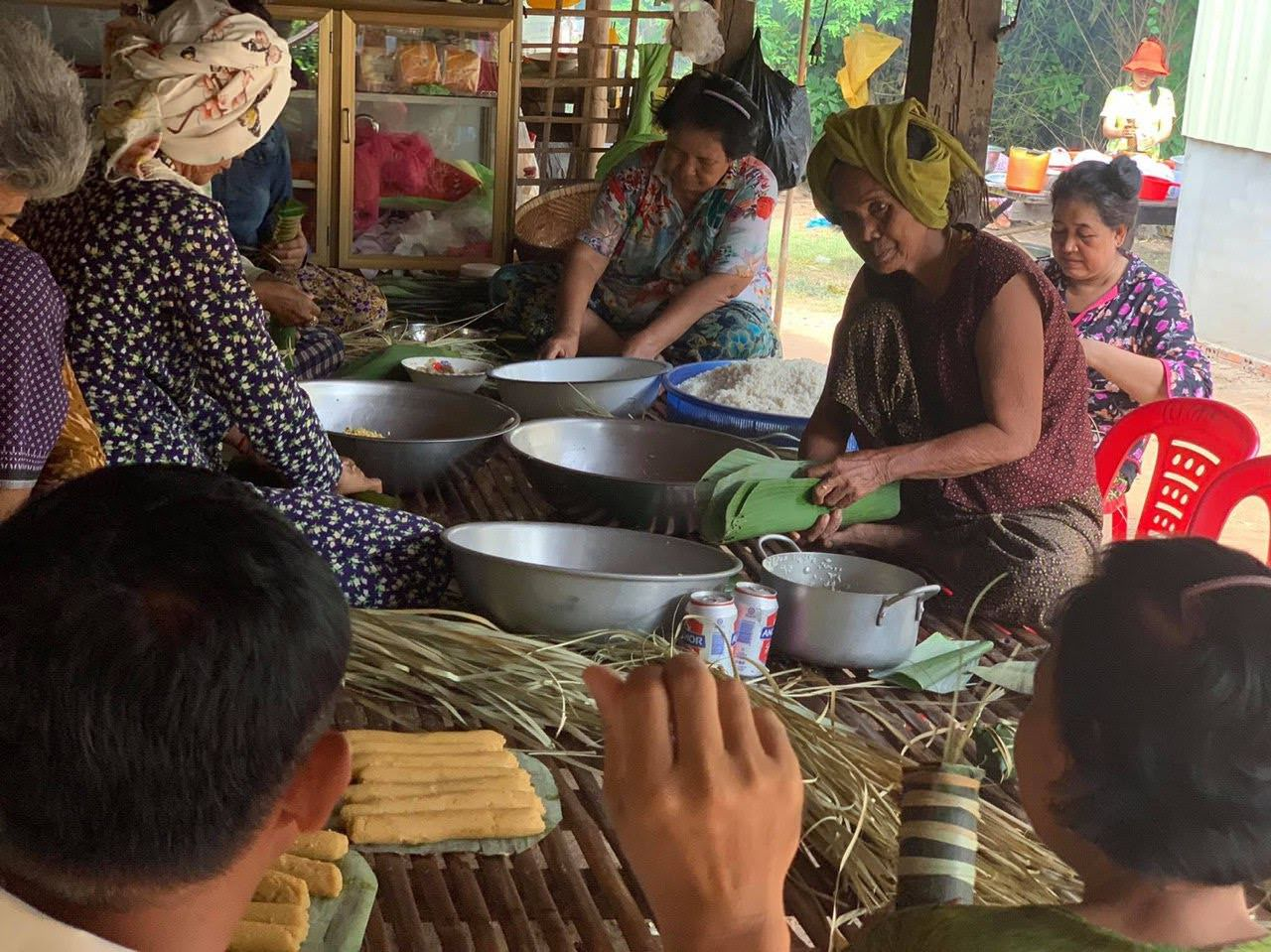 The women in the village make Orn Som for Pchum Ben