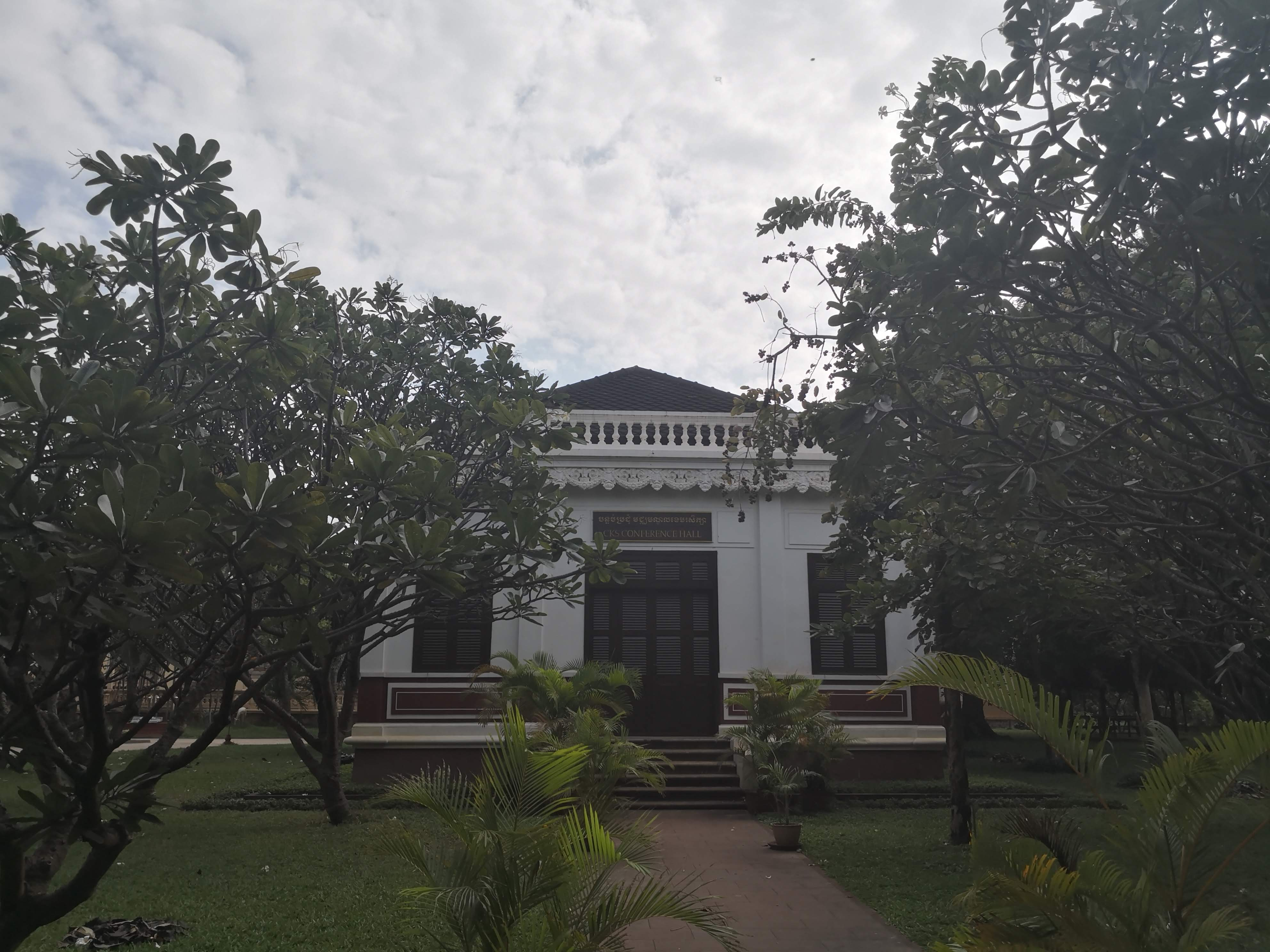 Conference Building in Wat Damnak