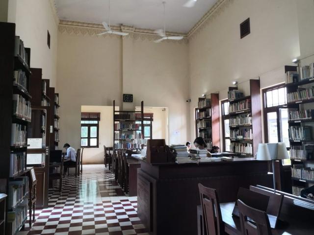 Library Center for Khmer Studies Wat Damnak